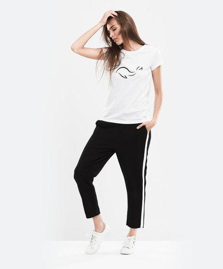 32b6aab40bfe Женская футболка Кит (минимализм) (Белый цвет) - Одежда и аксессуары ...